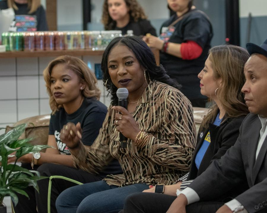 Alicia Garza speaks at KTSE